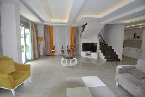 Продажа квартиры в Кестеле, Анталья, Турция 2+1, 130м2, №1989 – фото 3