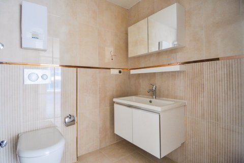 Квартира 1+1 в Кестеле, Турция №1987 - 10