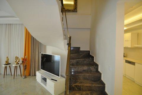Продажа квартиры в Кестеле, Анталья, Турция 2+1, 130м2, №1989 – фото 27