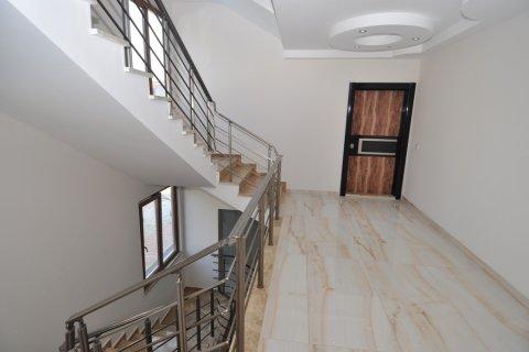 Квартира 4+1 в Кестеле, Турция №1982 - 21
