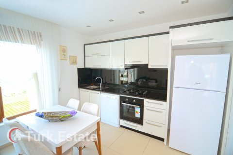 Продажа квартиры в Кестеле, Анталья, Турция 1+1, 70м2, №1913 – фото 17
