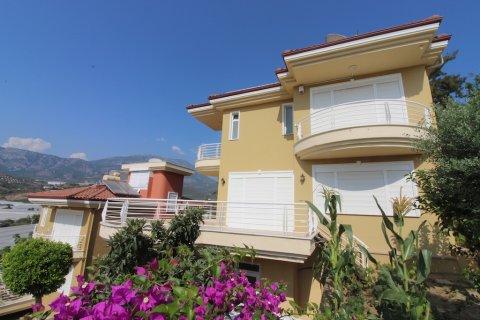 Продажа виллы в Каргыджаке, Аланья, Анталья, Турция 4+1, 260м2, №2010 – фото 2