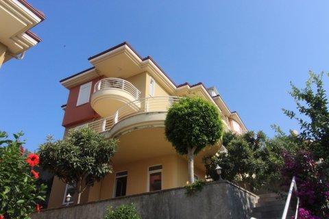 Продажа виллы в Каргыджаке, Аланья, Анталья, Турция 4+1, 260м2, №2010 – фото 1