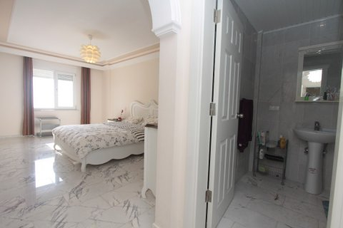 Аренда квартиры в Тосмуре, Аланья, Анталья, Турция 3+1, 185м2, №2674 – фото 9