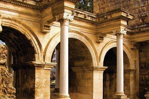 Анталья: достопримечательности города с многовековой историей