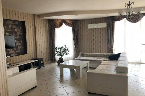 Продажа квартиры в Мерсине, Турция 3+1, 180м2, №2802 – фото 8