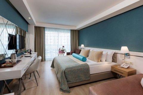 Продажа отеля в Манавгате, Анталья, Турция, 100000м2, №4529 – фото 1
