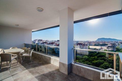 Продажа квартиры в Оба, Анталья, Турция 1+1, 80м2, №4070 – фото 4