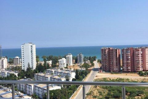 Продажа квартиры в Мерсине, Турция 3+1, 160м2, №4360 – фото 1