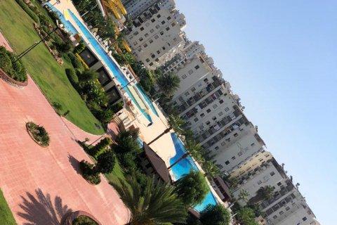 Продажа квартиры в Мерсине, Турция 3+1, 160м2, №4417 – фото 24