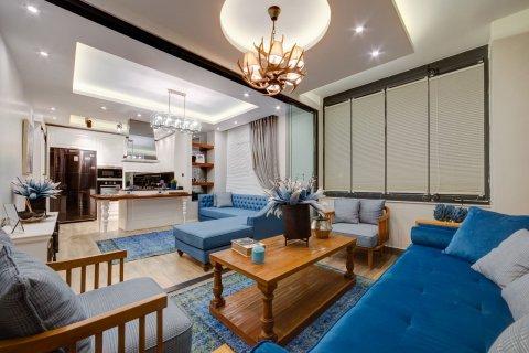 Продажа квартиры в Мерсине, Турция 4+1, 175м2, №4603 – фото 1