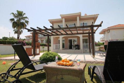 Продажа виллы в Сиде, Анталья, Турция 4+1, 220м2, №4172 – фото 1