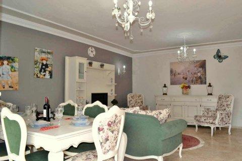 Продажа квартиры в Махмутларе, Анталья, Турция 2+1, 125м2, №4712 – фото 10