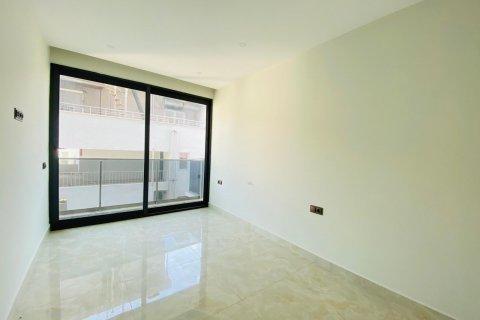 Продажа квартиры в Махмутларе, Анталья, Турция 2+1, 95м2, №11752 – фото 2