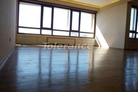 Продажа квартиры в Ларе, Анталья, Турция 3+1, 200м2, №3029 – фото 12