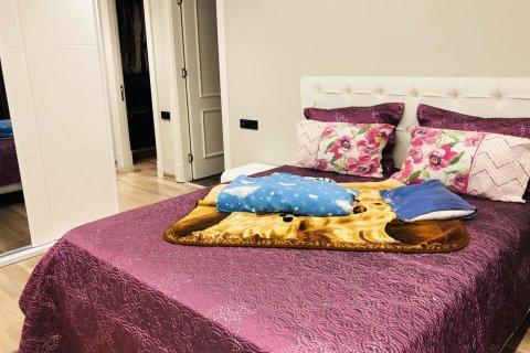 Продажа квартиры в Мерсине, Турция 4+1, 165м2, №16170 – фото 17