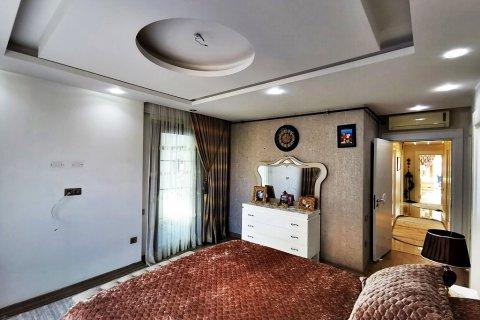 Продажа квартиры в Мерсине, Турция 5+1, 270м2, №16274 – фото 9