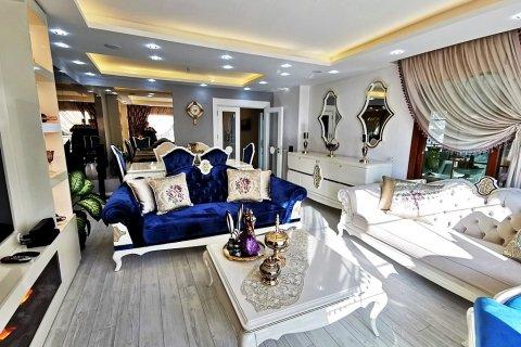 Продажа квартиры в Мерсине, Турция 5+1, 270м2, №16274 – фото 13