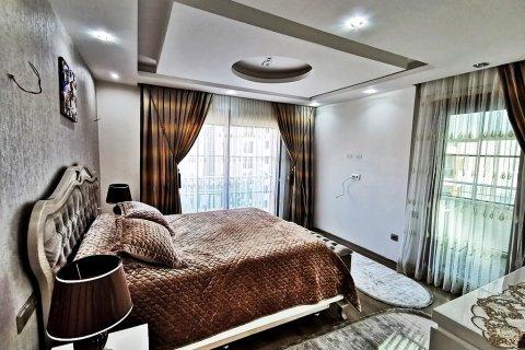 Продажа квартиры в Мерсине, Турция 5+1, 270м2, №16274 – фото 15