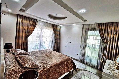 Продажа квартиры в Мерсине, Турция 5+1, 270м2, №16274 – фото 19