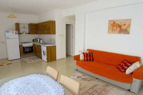 Продажа квартиры в Алсанджаке, Гирне, Северный Кипр 2+1, 63м2, №16693 – фото 2