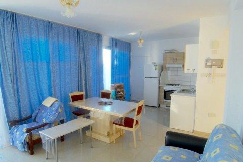 Продажа квартиры в Гирне, Северный Кипр 2+1, 90м2, №16519 – фото 2