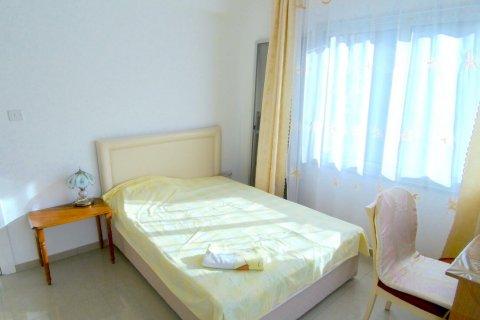 Продажа квартиры в Гирне, Северный Кипр 2+1, 90м2, №16519 – фото 6