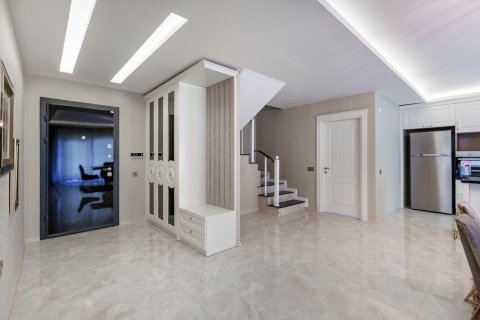 Продажа квартиры в Каргыджаке, Аланья, Анталья, Турция 2+1, 100м2, №21235 – фото 1