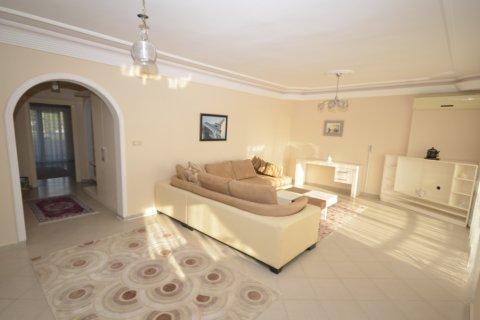 Продажа квартиры в Махмутларе, Анталья, Турция 2+1, 120м2, №20504 – фото 14