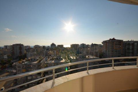 Продажа квартиры в Махмутларе, Анталья, Турция 2+1, 120м2, №20504 – фото 1