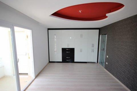 Продажа квартиры в Мерсине, Турция 3+1, 185м2, №21454 – фото 11
