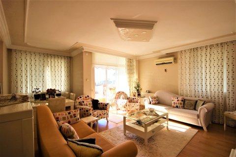 Продажа квартиры в Мерсине, Турция 3+1, 170м2, №21453 – фото 1