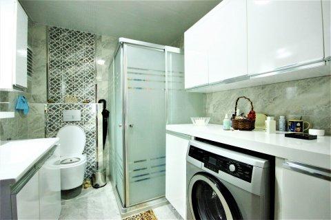Продажа квартиры в Мерсине, Турция 3+1, 170м2, №21453 – фото 21