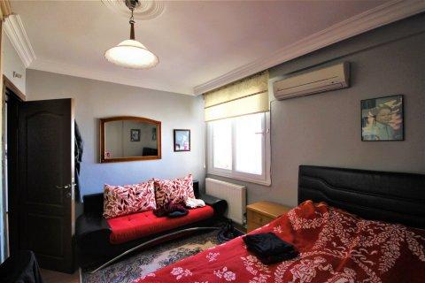 Продажа квартиры в Мерсине, Турция 3+1, 170м2, №21453 – фото 18