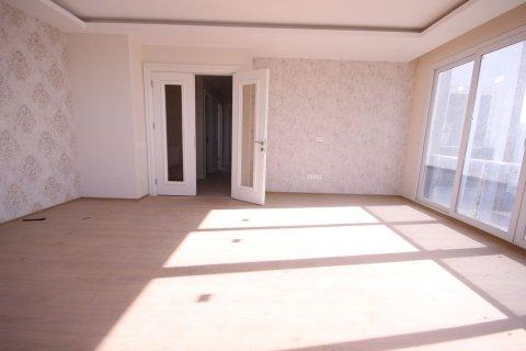 Продажа квартиры в Мерсине, Турция 4+1, 185м2, №21455 – фото 15