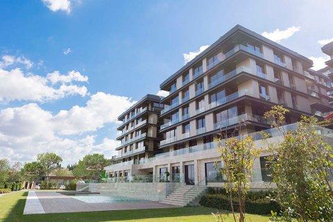 Продажа квартиры в Стамбуле, Турция 2+3, 110м2, №22718 – фото 1
