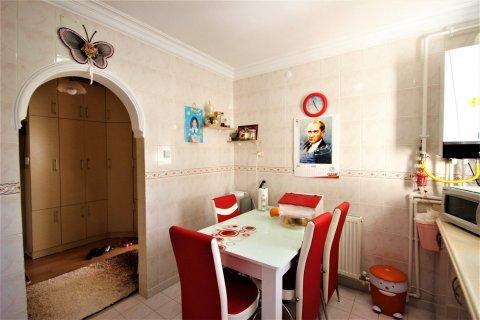 Продажа квартиры в Мерсине, Турция 3+1, 170м2, №21453 – фото 6