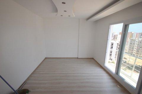 Продажа квартиры в Мерсине, Турция 3+1, 185м2, №21454 – фото 6