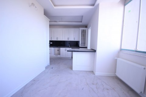 Продажа квартиры в Мерсине, Турция 4+1, 185м2, №21455 – фото 4
