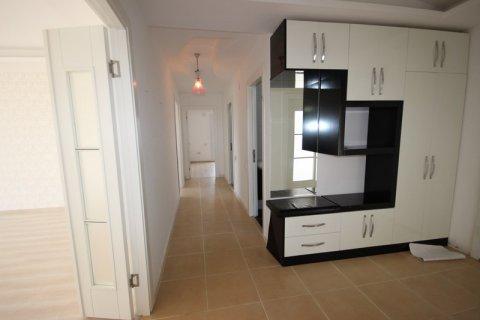 Продажа квартиры в Мерсине, Турция 3+1, 185м2, №21454 – фото 8