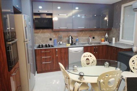 Аренда квартиры в Коньяалты, Анталья, Турция 2+1, 110м2, №22035 – фото 1
