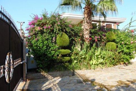Продажа виллы в Кемере, Анталья, Турция 7+1, 520м2, №23104 – фото 2