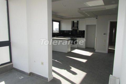 Продажа квартиры в Мерсине, Турция 2+1, 120м2, №25270 – фото 8