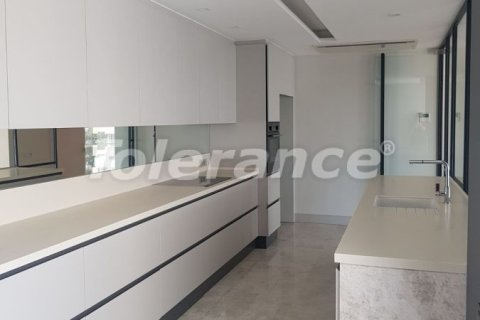 Продажа квартиры в Анталье, Турция 3+1, 180м2, №3466 – фото 14