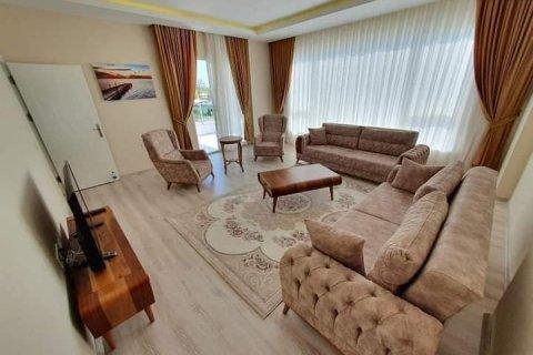 Продажа квартиры в Каргыджаке, Аланья, Анталья, Турция 3+1, 138м2, №27597 – фото 1