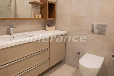 Продажа квартиры в Стамбуле, Турция 1+1, 75м2, №29615 – фото 19